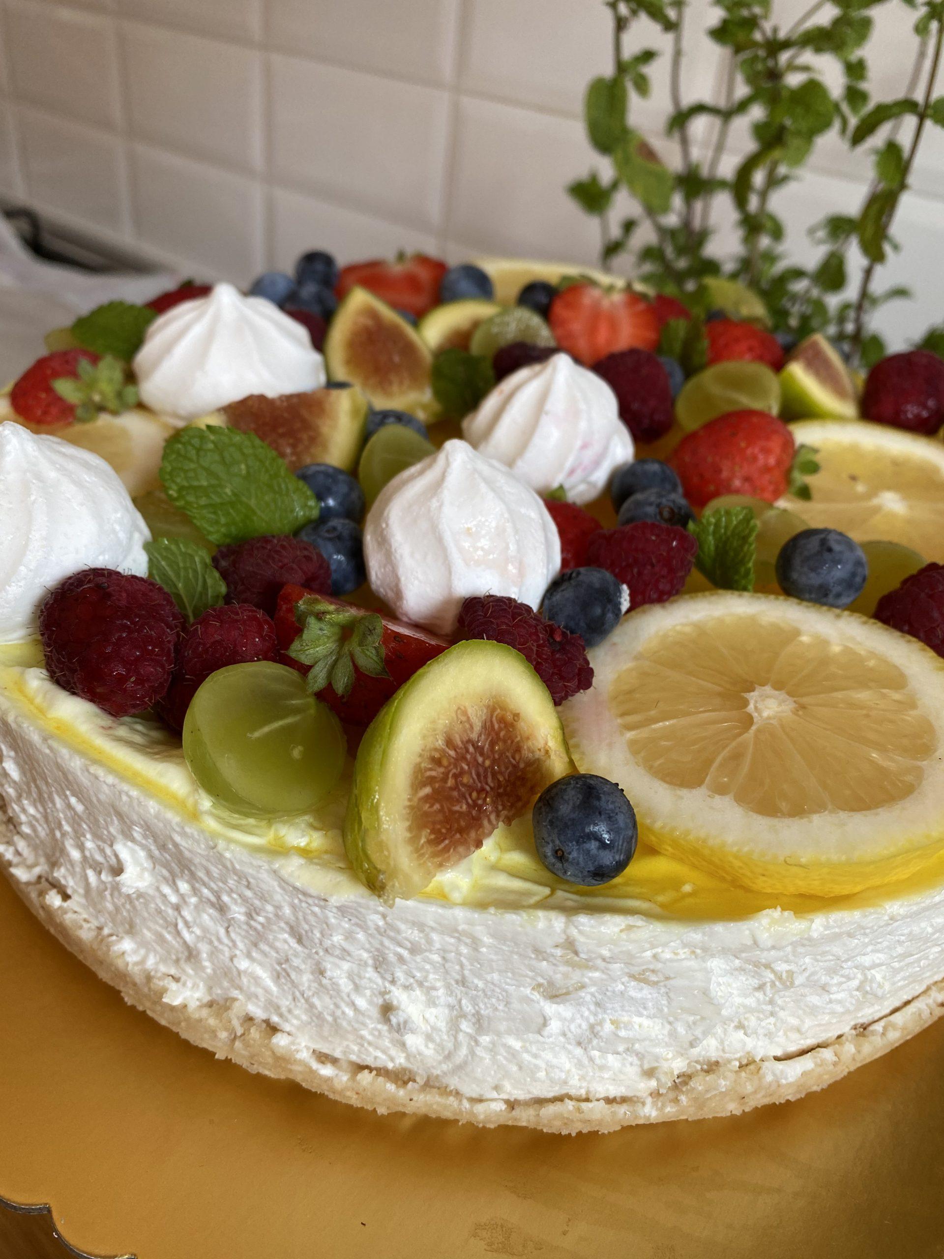 Cheesecake al cocco e gelèe al limone